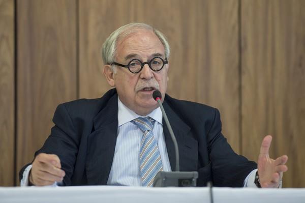 Marco Aurélio fez do Uruguai à Venezuela a sua pátria, diz Dilma