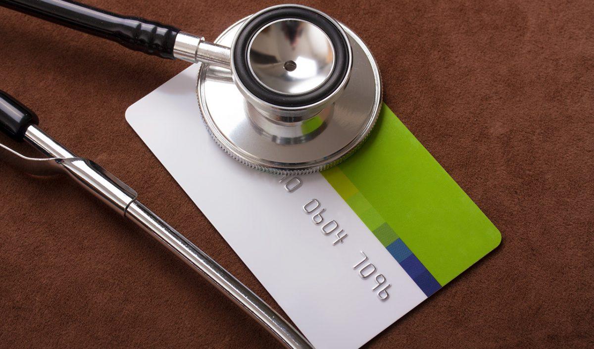Governo quer que médicos mais velhos aceitem fazer urgências