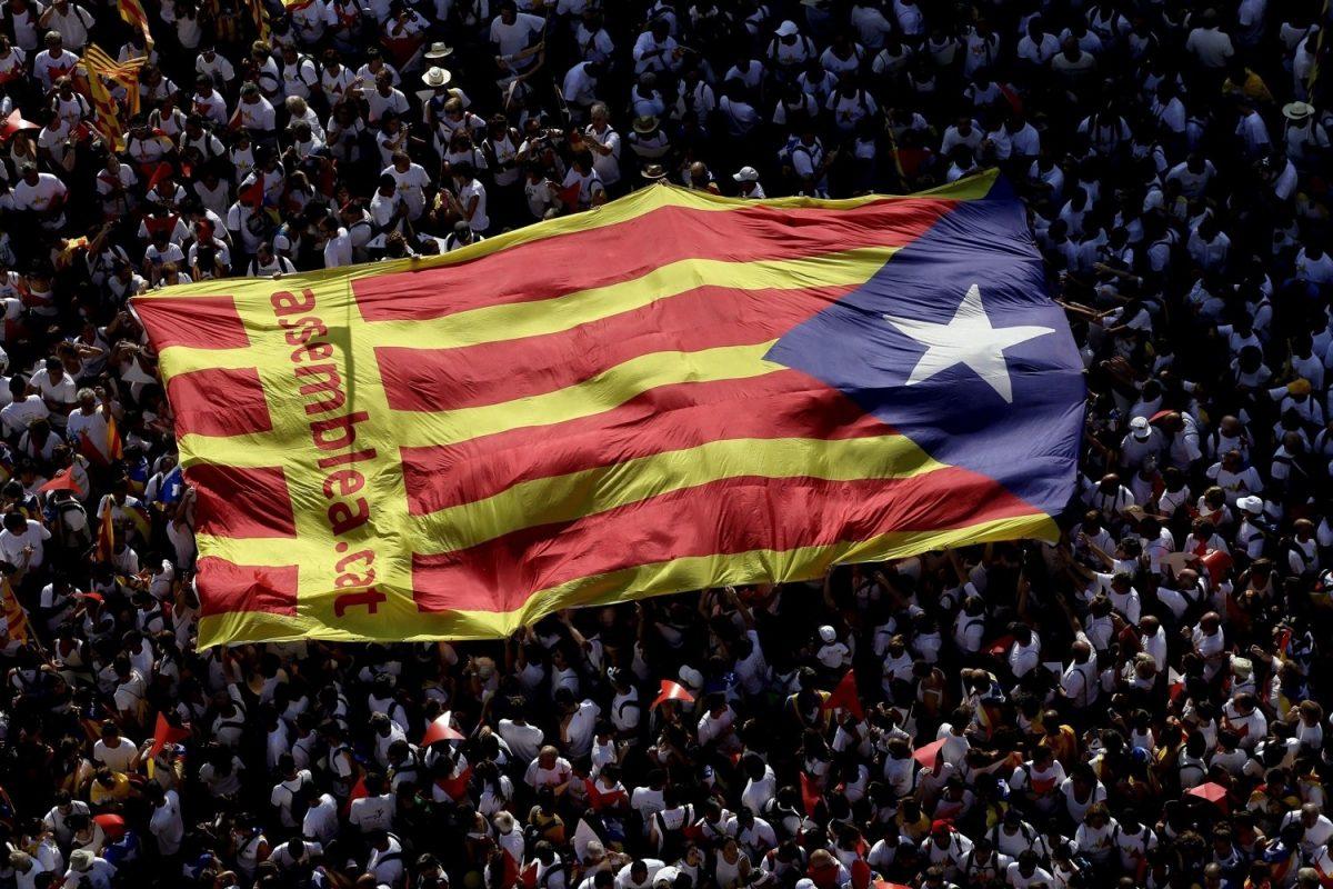 Catalunha: declaração de independência em 48 horas se