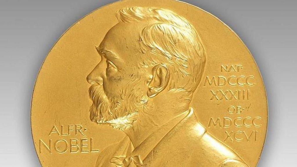 Nobel da Química entregue a três cientistas