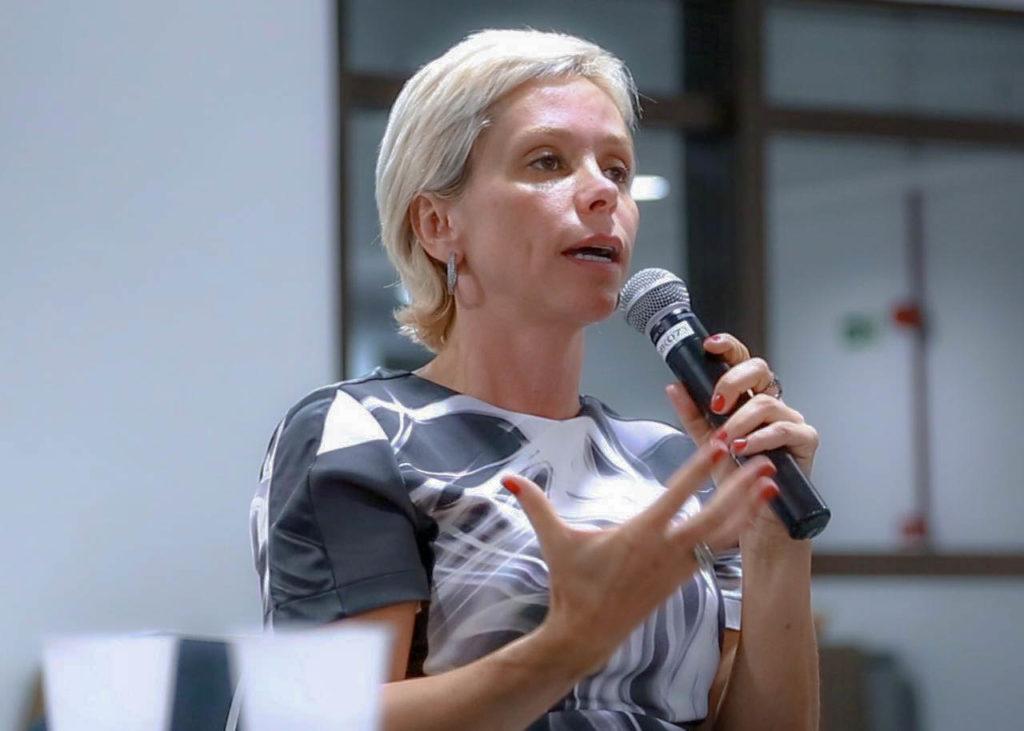 Após denúncias, Cristiane Brasil procura Temer para confirmar indicação para ministério