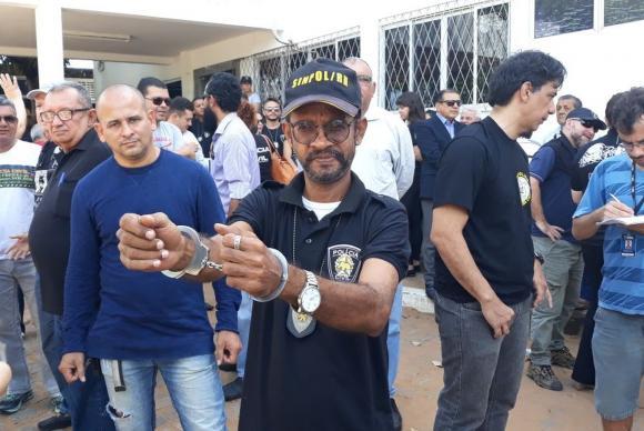 Policiais e bombeiros encerram greve no Rio Grande do Norte